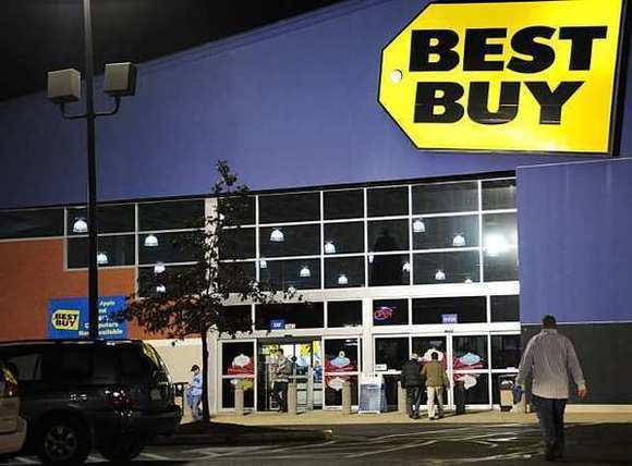 Best Buy announced it's putting in place a permanent policy to match prices of online competitors such as Amazon.com.