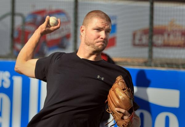 Ryan Madson throwing at Angel Stadium in January.