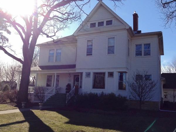 The Stephan family was awarded the 2011 Renovation of the Year Award by the Glen Ellyn Historic Preservation Commission for their work on this century-old house.