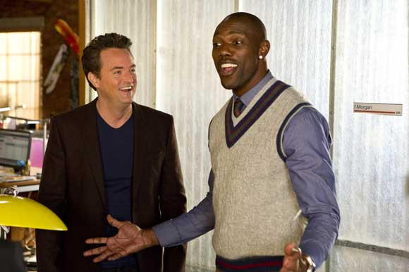 "Matthew Perry and Terrell Owens in ""Go On"" on NBC"