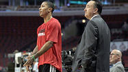Rose returns to 5-on-5 drills with Bulls