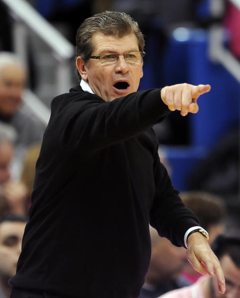 UConn coach Geno Auriemma shouts directions to his players during the second half against the top-ranked Baylor Bears at the XL Center Monday night. Baylor came back for a 76-70 victory.