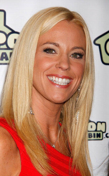 Kate Gosselin used to be famous for being a reality tv mom. Now she is famous for... I have no idea.