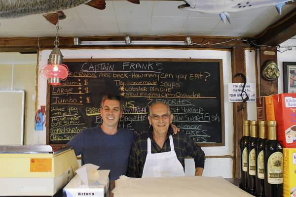 Capt frank 39 s seafood market for Franks fish market