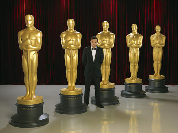 "As much as I love the Oscars, things can get a bit predictable, from the often inane presenter banter to the ""Oh my god! I won?!"" speeches. We, the viewer, deserve more. We pay these actors' salaries (sort of)! So here are 15 things I'd like to see go down at Sunday's ceremony (8:30 p.m.; ABC). It's really not too much to ask. <i>-- Jordan Bartel</i>"