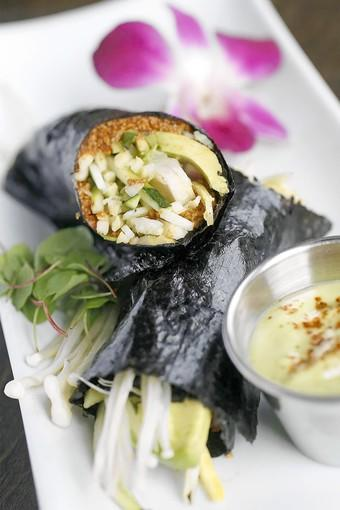 Raw California sushi roll appetizer, prepared using yellow squash and mango rolls with sweet sushi dipping sauce. It's at 118 Degrees in Costa Mesa for OC Restaurant Week.