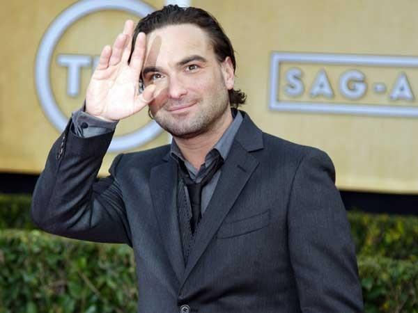 Johnny galecki will be a guest on live with kelly and michael allen