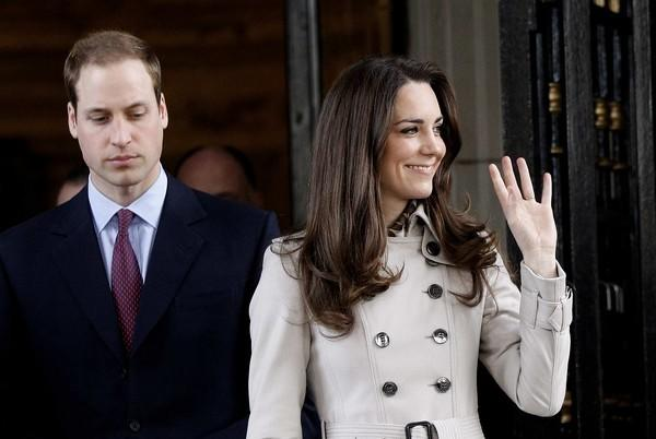 Britain's Prince William and his fiancée Kate Middleton leave City Hall in Belfast, Northern Ireland on March 8, 2011.