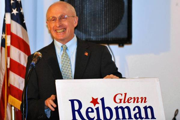 Former Northampton County Executive Glenn Reibman announced his intentions to run for the position he previously held on Monday, February 19, 2013 at the Grover Cleveland Democratic Club in Bethlehem. Reibman held the position of County Executive from 1996 to 2008.