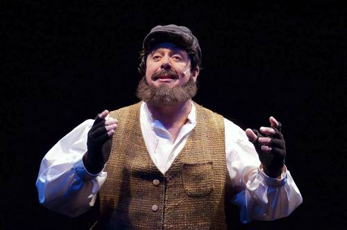 David Bosley-Reynolds in his role as Tevye in 'Fiddler on the Roof' at Toby's Dinner Theatre of Columbia.