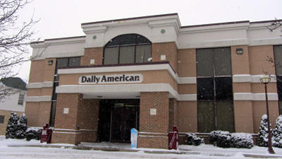 The Daily American has entered into a printing contract with the Altoona Mirror. The Somerset newspaper will be printed on Altoona's press and delivered to Somerset.