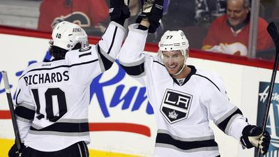 Jeff Carter Takes Charge For Kings In 3-1 Win Over Flames