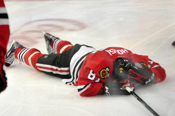 Blackhawks forward Marian Hossa has seen his share of painful hits to the head, including one that floored him Tuesday against Vancouver.