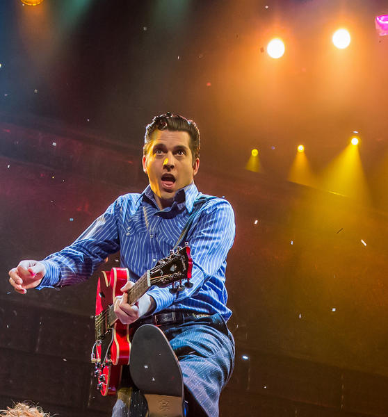 "The finale of the ""Million Dollar Quartet"" is performed at Harrahs in Las Vegas."