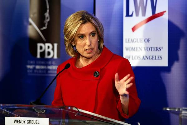 L.A. mayoral candidate Wendy Greuel has gained the endorsement of the Apartment Assn. of Greater Los Angeles.