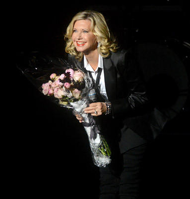 Olivia Newton-John performs at the State Theatre in Easton Thursday night.