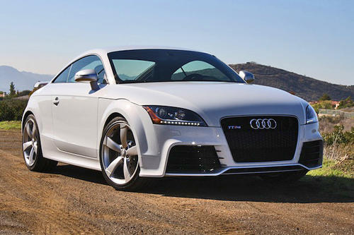 The TT RS gets 360 horsepower and 343 pound-feet of torque from a 2.5-liter, turbocharged five-cylinder TSFI engine, paired to a six-speed manual transmission.