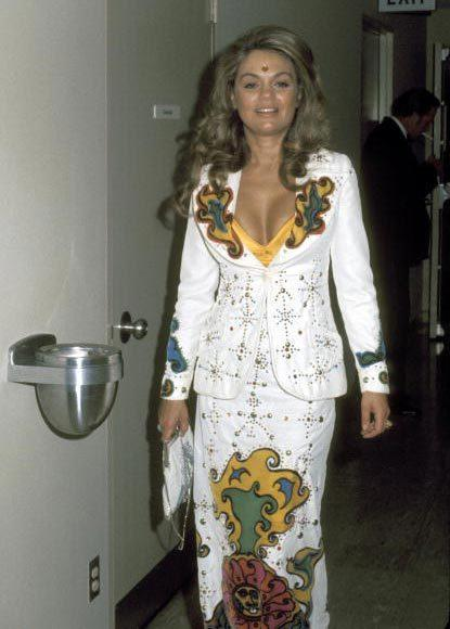Academy Awards fashions through the years: Dyan Cannon, 1973