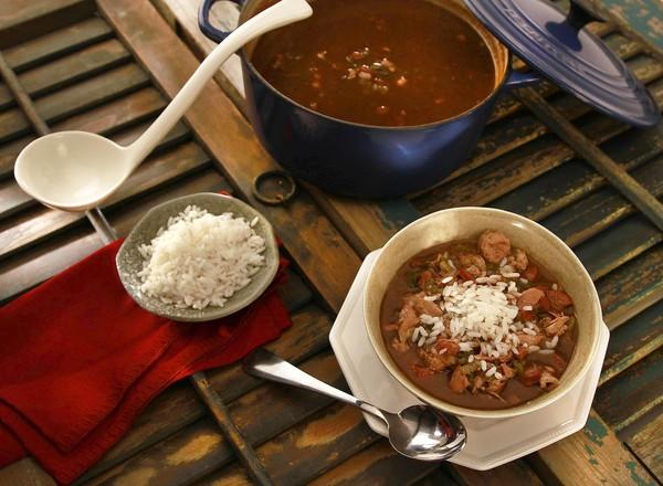 recipe: paul prudhomme chicken and sausage gumbo [31]