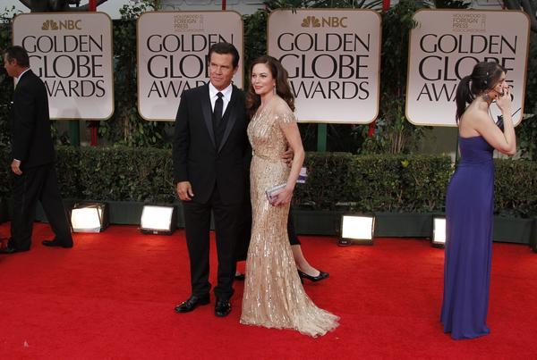 Diane Lane divorces Josh Brolin