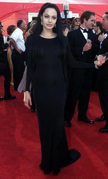 Academy Awards fashions through the years: Angelina Jolie, 2000
