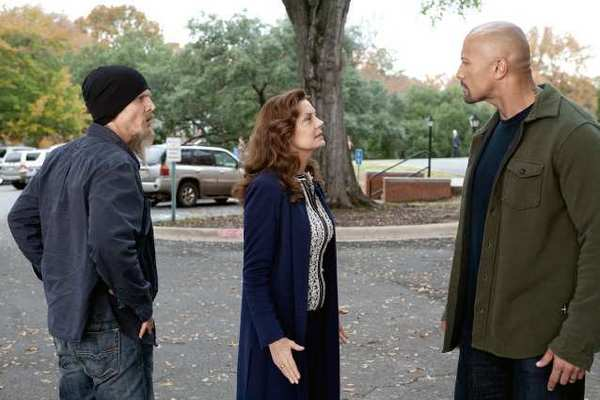 "Barry Pepper, Susan Sarandon and Dwayne Johnson star in ""Snitch."""
