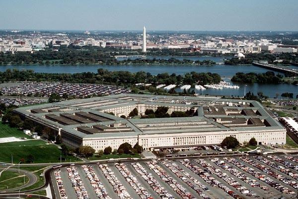 The vast majority of civilian defense employees face a 20 percent pay cut from April through September if looming federal budget reductions aren't averted, a move that will hit Maryland harder than almost every other state, the Pentagon warns. The Department of Defense notified Congress that affected employees would be furloughed without pay one day a week for 22 weeks. The agency estimated a $359 million hit to the paychecks of those working in Maryland -- trailing only Virginia and California.