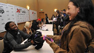 Baltimore Ravens sign autographs in Pikesville [Pictures]