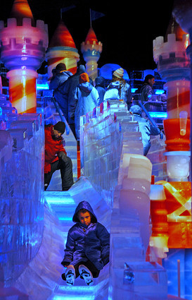 <b>Pictures:</b> Through the years: ICE! exhibit  at Gaylord Palms - Ice slide
