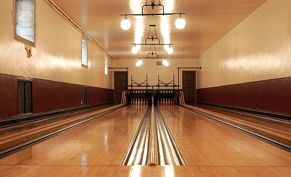 "Among the sights on the Greystone tour: the original Brunswick bowling alley featured in the final scene of the Oscar-nominated film "" <a class=""taxInlineTagLink"" id=""ENMV000145"" title=""There Will Be Blood (movie)"" href=""/topic/entertainment/movies/there-will-be-blood-%28movie%29-ENMV000145.topic"">There Will Be Blood</a>.""<br> <br> To see more residential design, tour our <a href=""http://www.latimes.com/homesofthetimes""> Homes of The Times</a> archive."