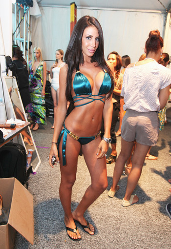 <b>Photos:</b> Mercedes-Benz Fashion Week Swim - Jennifer Stano