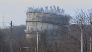 With a morning boom, BGE's landmark gas holder became a local memory