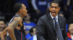 UConn Men: Ollie Has Good Shot At Coach Of Year