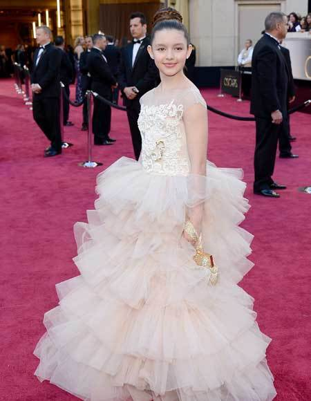 Oscars 2013: Academy Awards red carpet arrival pics: Fatima Ptacek