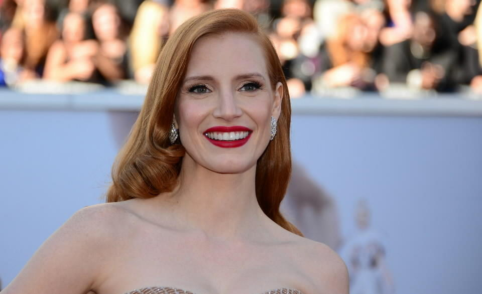Best Actress nominee Jessica Chastain arrives on the red carpet for the 85th Annual Academy Awards.