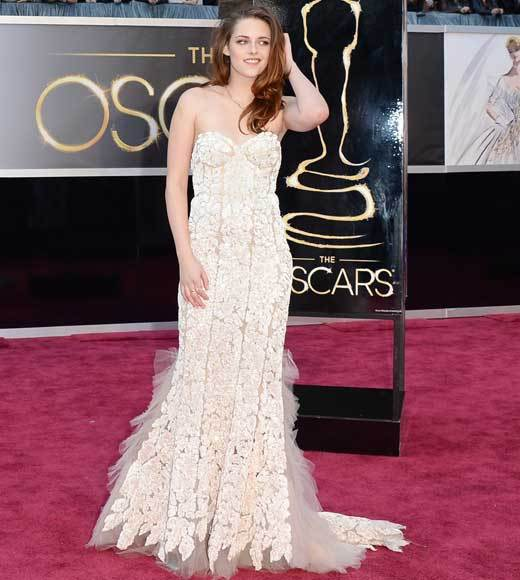 Oscars 2013: Academy Awards red carpet arrival pics: Kristen Stewart