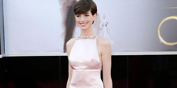 Actress Anne Hathaway arrives at the Oscars.