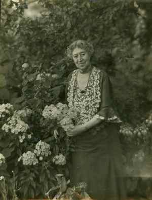 "Griswold was a resident of Old Lyme, Conn., who fostered the Impressionist art movement in America, as stated by the <a href=""http://www.cwhf.org/inductees/arts-humanities/florence-griswold"">Connecticut Women's Hall of Fame</a>.  She hosted artists drawn to the attraction of Connecticut's bucolic surroundings, and her home became the center for Impressionist artists in the U.S.  Throughout her life Griswold participated in the affairs of Old Lyme.  Her home there has since been made into the Florence Griswold Museum, noted for its collection of American Impressionist paintings."