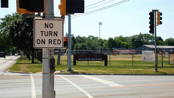 This photo shows the intersection of Dee Road and Talcott, where 14 crashes took place last year.