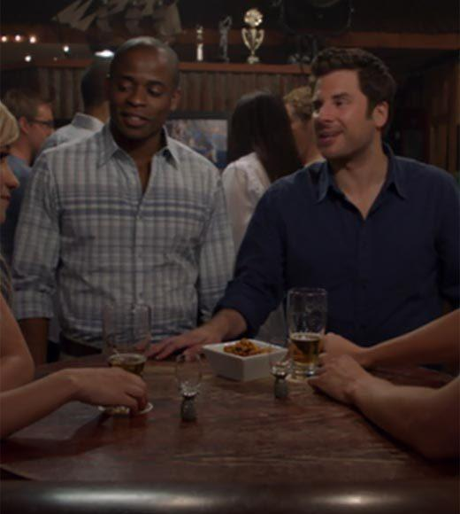 'Psych': The pineapple in (almost) every episode: There are pineapple shot glasses at the bar.  Extra bonus points: Gus, dont be Pete Roses haircut.