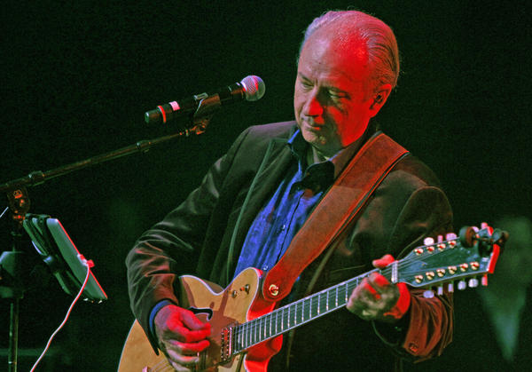 Michael Nesmith, shown during dress rehearsal last fall for the Monkees reunion tour, is embarking on his first major U.S. solo tour since 1992.