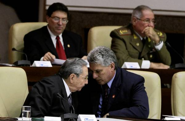 Cuba's Raul Castro and Miguel Diaz-Canel