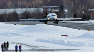 "A FedEx Boeing 727 cargo jet successfully landed at Merrill Field Tuesday afternoon, weeks after <a href=""http://www.ktuu.com/news/ktuu-uaa-wants-to-land-big-jet-at-airfield-20130208,0,19578.story"">plans to donate it to the University of Alaska Anchorage</a> were announced to the public."