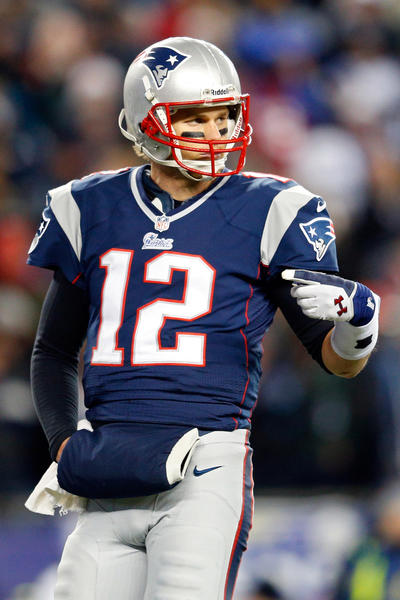 Brady signed a four-year, $72 million deal before the 2010 season -- the Patriots have since tweaked that deal twice -- and he responded by throwing for 3,900 yards, 36 touchdowns and a cool 111.0 passer rating.