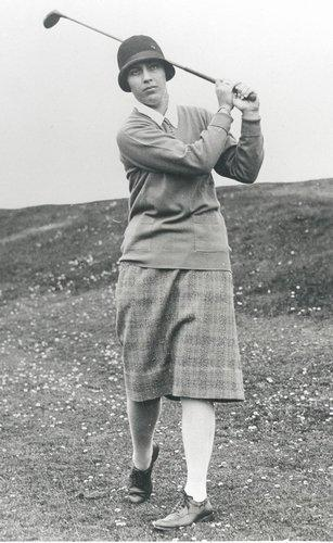 "Vare was a Hall of Fame golfing champion who dominated American women's golf in the 1920s, winning six U.S. Amateur Championships, two Canadian Ladies Opens, and the French Ladies Open.  She continued to play well into her 80s and was inducted into both the International Women's Sports Hall of Fame and the World Golf Hall of Fame.  Vare was born in New Haven, as stated by the <a href=""http://articles.courant.com/2007-10-24/sports/0710240040_1_title-ix-glenna-collett-vare-national-golf-titles"">Hartford Courant</a>."