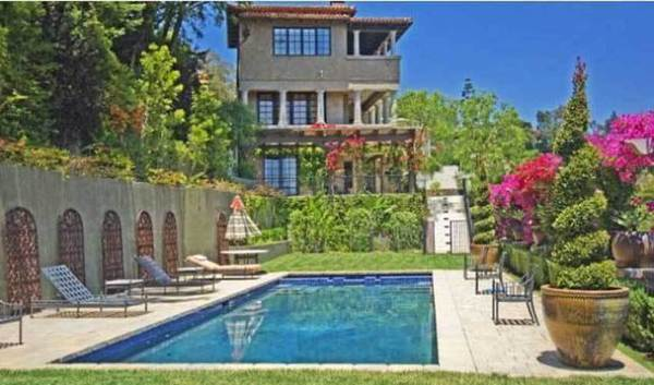 Actress Mischa Barton asks $35,000 in rent