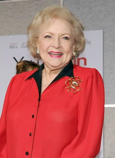 "The ubiquitous <a class=""taxInlineTagLink"" id=""PECLB003959"" title=""Betty White"" href=""/topic/entertainment/betty-white-PECLB003959.topic"">Betty White</a> is Grandma Bunny in ""You Again."""