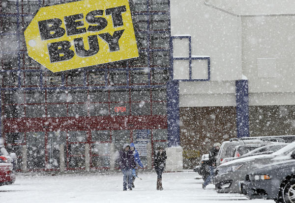 Best Buy reports earnings