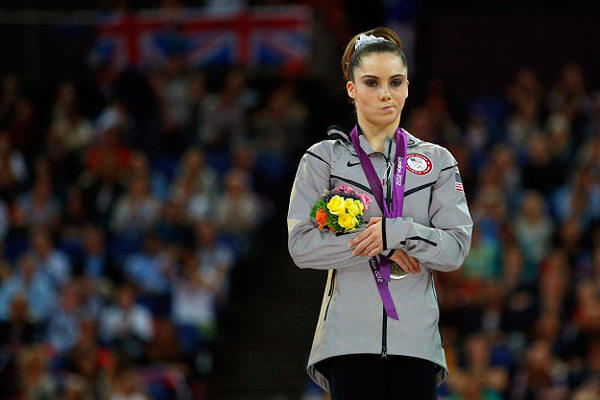 McKayla Maroney acts impressed for 7Up