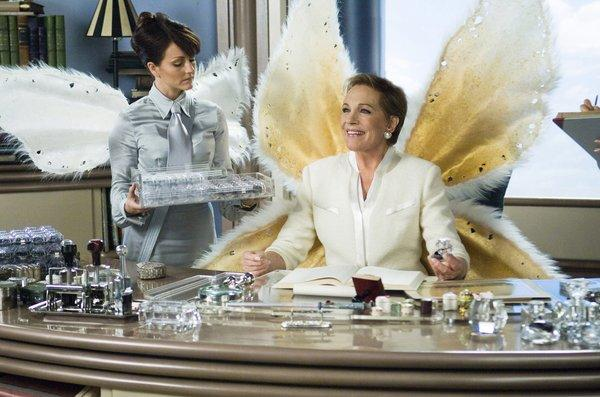"After plunging in 2011, the amount left for kids who tuck fallen teeth underneath their pillows jumped last year. Tooth fairy matriarch Lily (Julie Andrews), in the 2010 movie ""Tooth Fairy,"" would seem to approve."